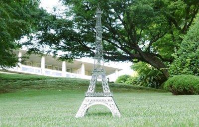 画像3: 60cmのエッフェル塔(本物の1/500)