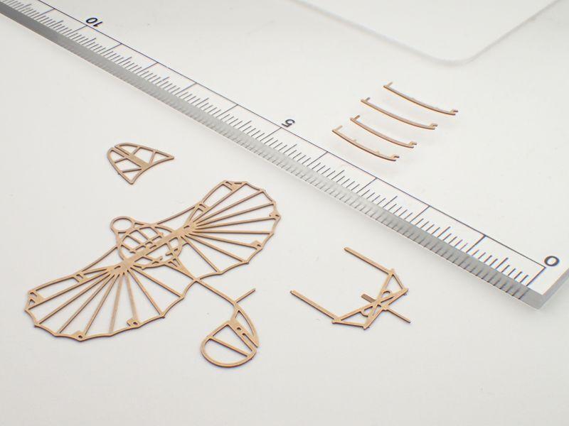 リリエンタールの標準型グライダー 組立キット / エアロベース