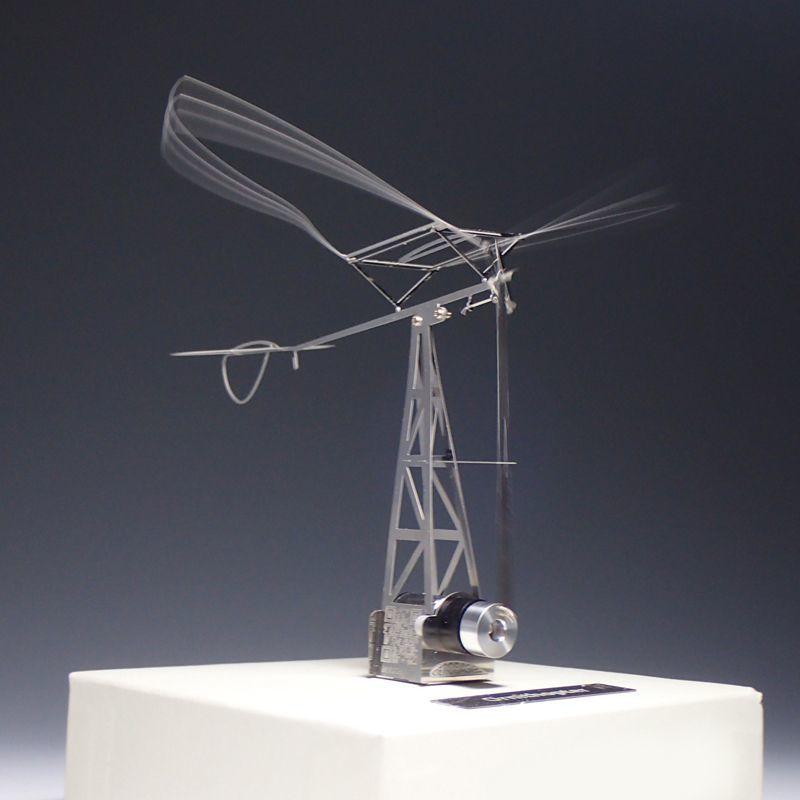 画像1: 羽ばたき飛行機(動力付き) (1)